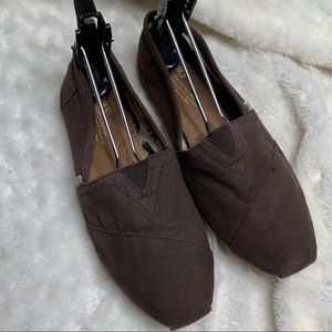 Toms brown canvas  flats loafers